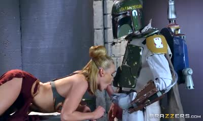 The intergalactic hunter has kidnapped a sexy Princess and fuck her