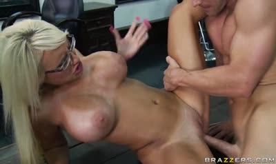 Busty blonde seduced a bald salesman